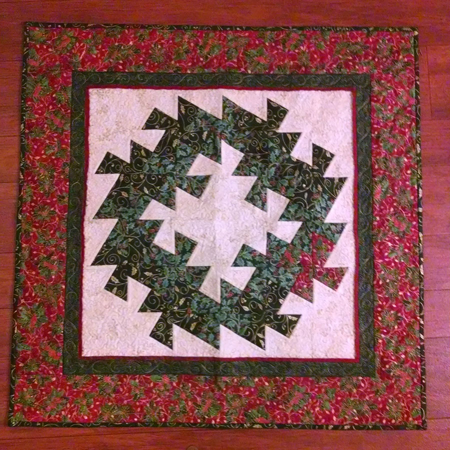 miniature quilt of a wreath