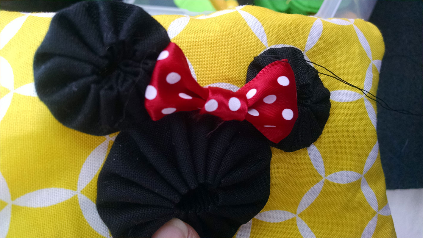 Attaching Minnie Mouse YoYo